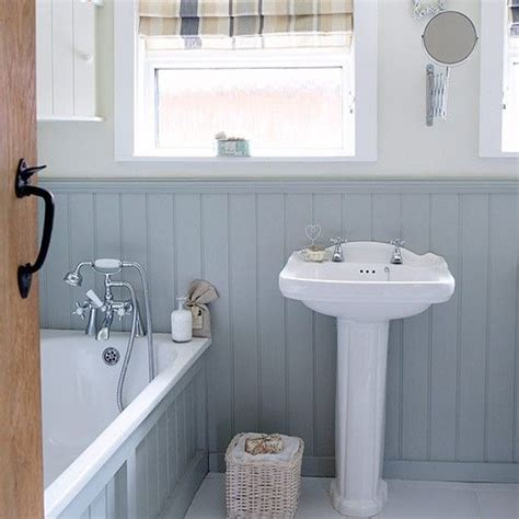 small country bathroom decorating ideas 17 best ideas about small bathroom designs on