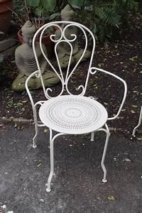 Puce De Jardin : fauteuils de jardin fer forg puces d 39 oc brocante en ligne ~ Nature-et-papiers.com Idées de Décoration