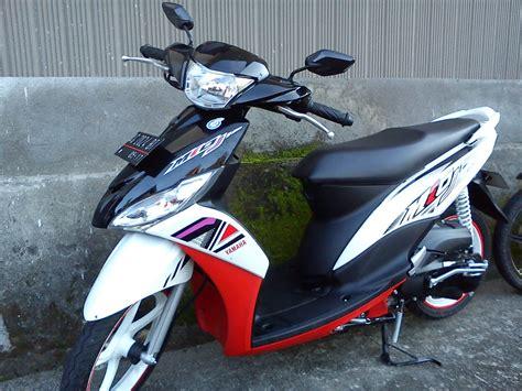 Review Yamaha Mio S by 2012 Yamaha Mio J 2012 Spesifikasi Motorcycle Review