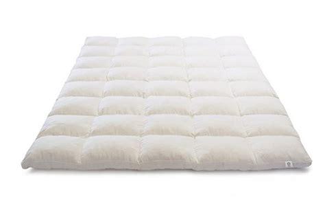organic latex topper shredded latex mattress topper