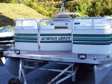 Smoker Craft Pontoon by 1997 Smoker Craft 20 Pontoon Boats Yachts For Sale