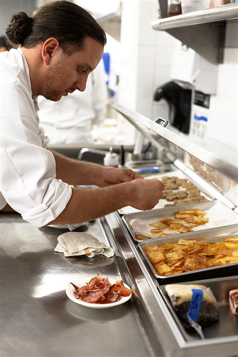 chef de cuisine salary sous chef garde manger bermuda caribbean large luxury hotel hospitality hotel manager and