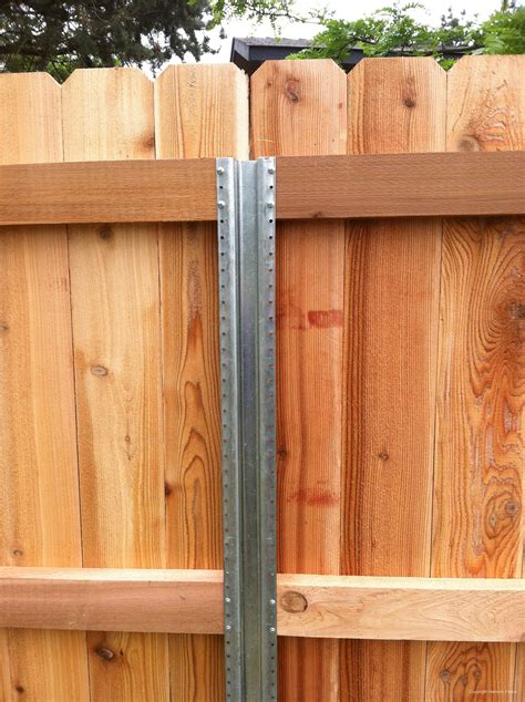 Zaun Holz Metall by Metal Fence Post For Wood Fence Yard Privacy Fence