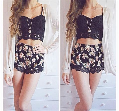 Summer outfits | Tumblr - image #3070182 by winterkiss on Favim.com