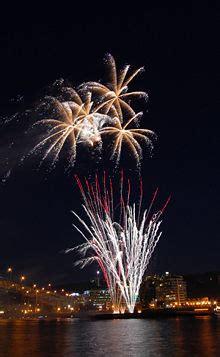 fuochi d artificio pavia fuochi d artificio ponte ferragosto 2013 in lombardia
