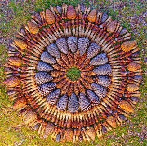 amazing eco art inspiring unique yard decorations
