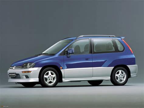 amazing mitsubishi space runner mitsubishi space runner minivan mpv 1999 2002 reviews