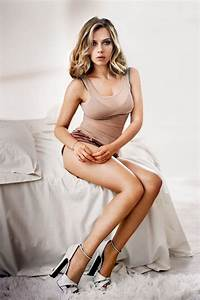 Scarlett Johansson Hollywood Actress HD Hot Chic ...