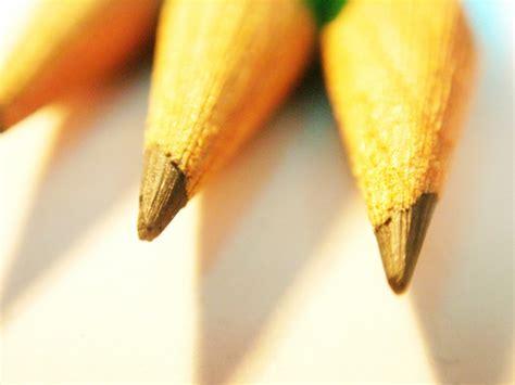 academic versus play based san diego preschools 557 | pencils 1464710 780x585