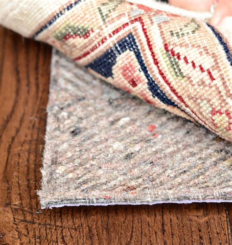 Felt Rug Pads For Hardwood Floors by Give The Protection For Your Hardwood Floor By Installing
