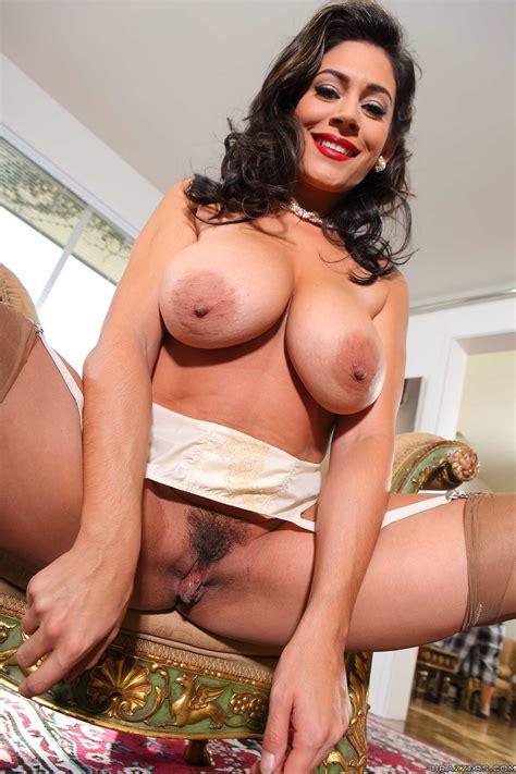 Chubby Housewife Needs A Good Fuck Photos Raylene Ramon Milf Fox