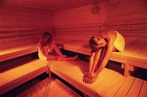 Frauen In Sauna : bad 2 wellnessbad ~ Whattoseeinmadrid.com Haus und Dekorationen