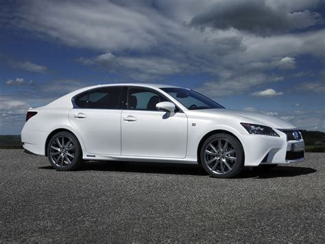 Lexus Gs Photo by Lexus Gs 450h Photos Photogallery With 47 Pics Carsbase
