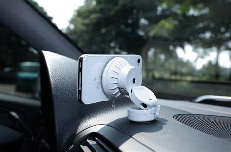 iphone mount for car just mobile xtand go car mount for iphone mini review