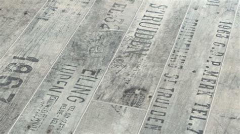 laminat mit schrift design laminat neue bodenbel 228 ge vintage bis 3 d effekt