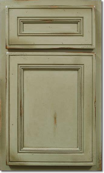 kitchen cabinets glenbrook door and drawer maple wood durango finish