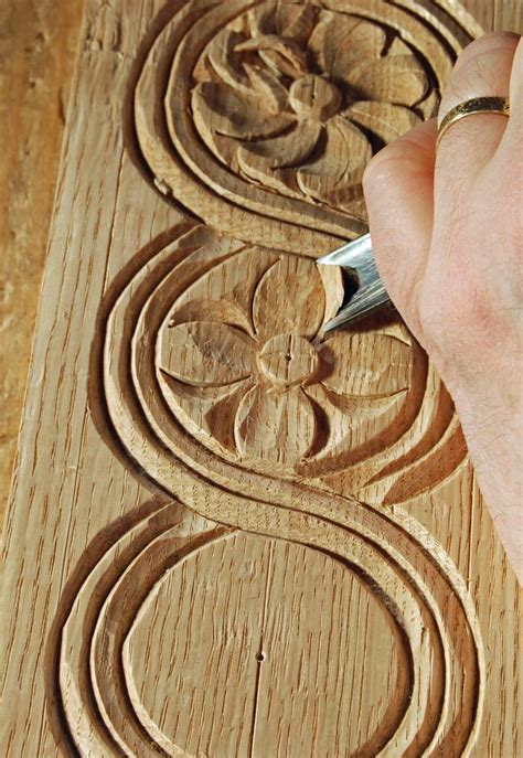 ideas  wood carving patterns  pinterest hand carved chip carving  chainsaw