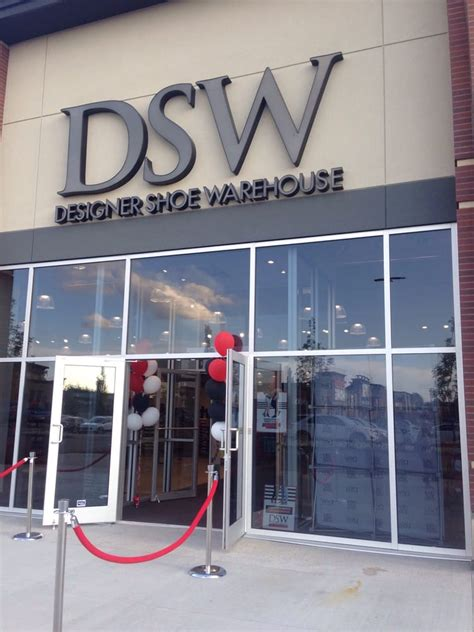 dsw phone number dsw designer shoe warehouse shoe stores 3803 calgary