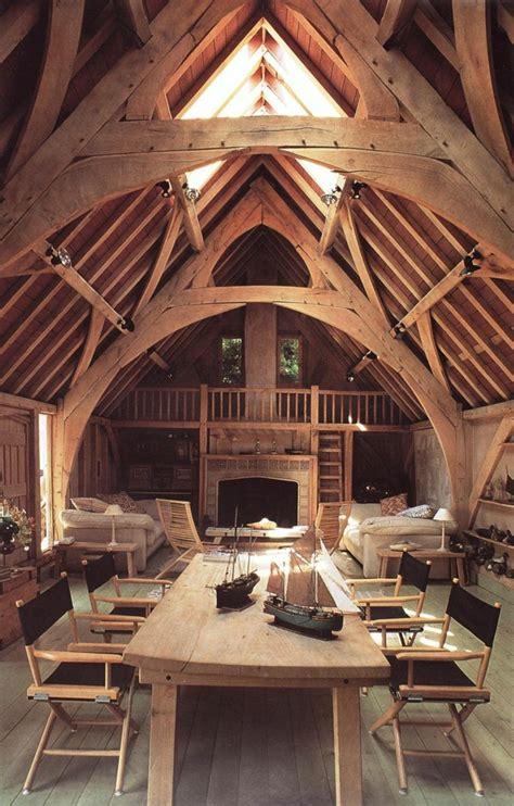 cuisine moderne dans maison ancienne la poutre en bois dans 50 photos magnifiques