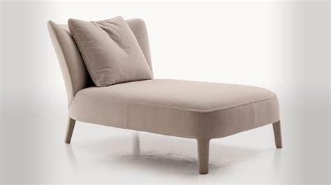 Chaise Lounge Pronunciation  Pronounce Chaise