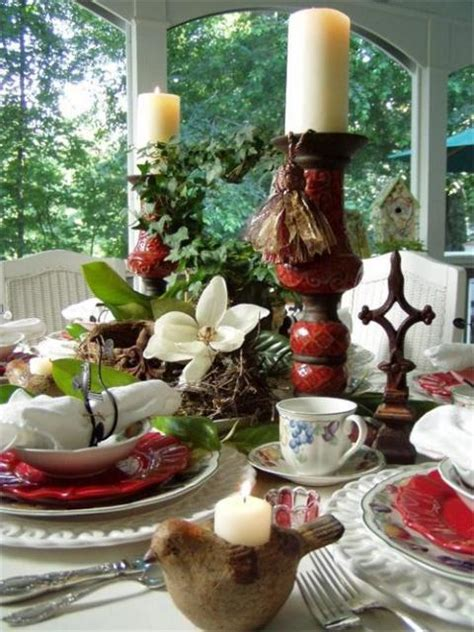 birding  nature themed table setting