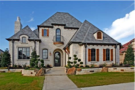 Build Custom Home by Exteriors Atwood Custom Homes