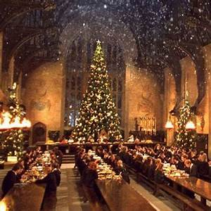 Muggles can have Christmas dinner in Hogwarts' Great Hall ...