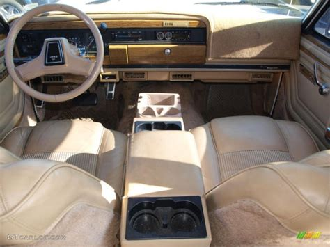 1991 Jeep Grand Wagoneer 4x4 Interior Photo 40916973
