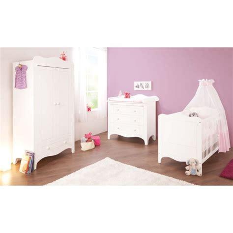 chambre bébé cdiscount chambre bébé fleur blanc lit évolutif commode blanc