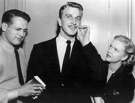 leslie nielsen parents paul newman leslie nielsen and anne francis on the set of