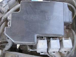 Find 00 01 02 Mazda 626 Fuse Box Under Hood Engine