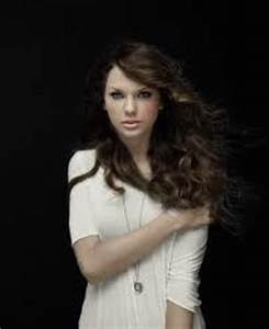 Post a pic of Taylor with brown hair!!! - Taylor Swift ...