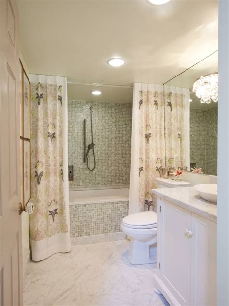 Shower Ideas For A Small Bathroom by 18 Bathroom Curtain Designs Decorating Ideas Design