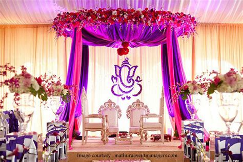 Engagement Flower Decorations At Party Halls In Chennai