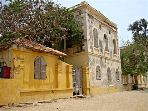 maison baobab 206 le de gor 233 e voyage trace ta route