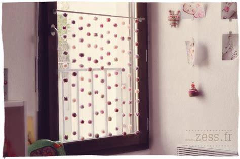 rideau fenetre cuisine rideau de fils avec des pompons guide astuces