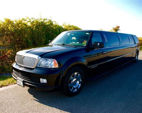 Lincoln Limousine by Lincoln Navigator Limousine Maine Limousine Service