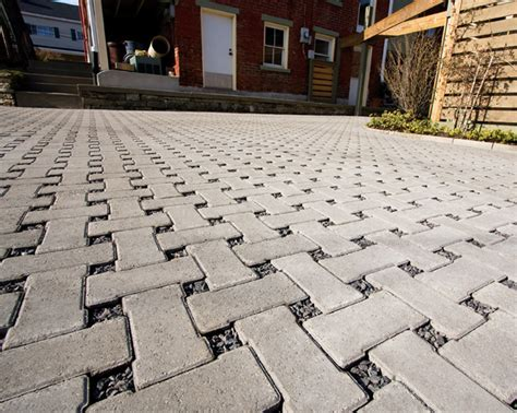 permeable driveway blocks permeable pavers driveway kreinbrook architectural paving