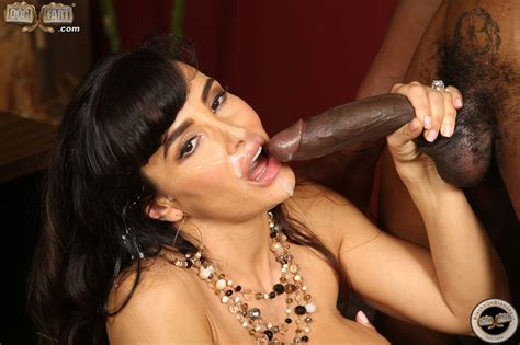 Hot Milf Lisa Ann Sucks Bbc And Sheds Lace Panties For