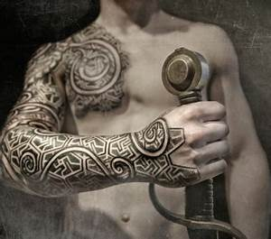 Nordische Symbole Und Ihre Bedeutung : geometric tattoos bedeutung coole designs f r diverse k rperstellen ~ Frokenaadalensverden.com Haus und Dekorationen