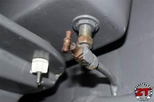 Fuite D Eau Wc : changer un joint d 39 tanch it pour r parer une fuite d 39 eau ~ Premium-room.com Idées de Décoration