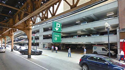 loop parking garage prepares  bite  dust curbed chicago