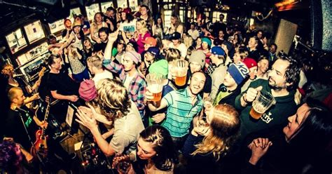 best nightclubs and après ski bars in the alps