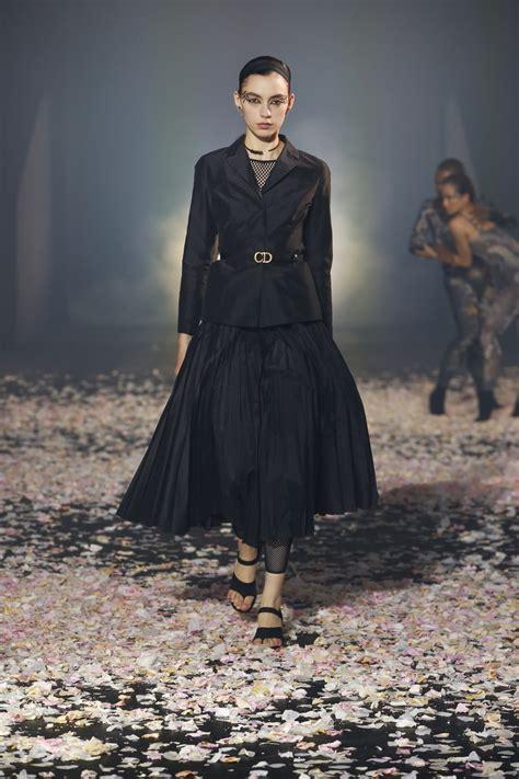christian dior ss  fashion show  dance trendystyle hong kong