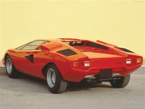 Lamborghini Countach LP 400 (1973) - picture 5 of 8