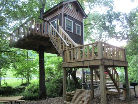 timber ridge cabins on the deck of the white oak tree house picture of