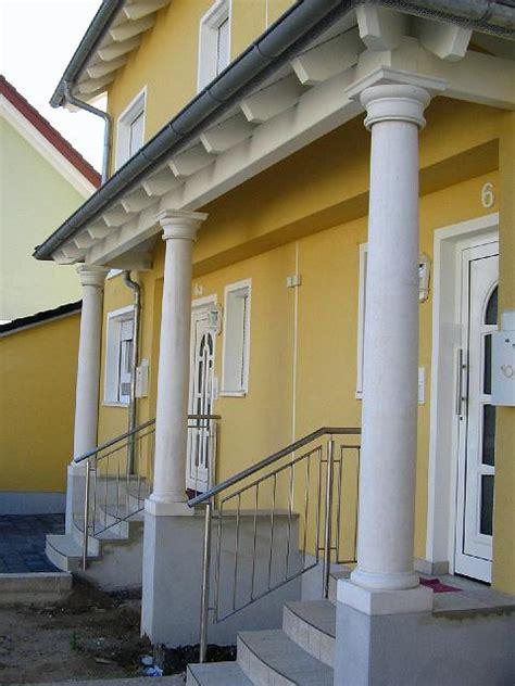Eingang Mit Toskanischen Säulen In St Leonrot, Baden
