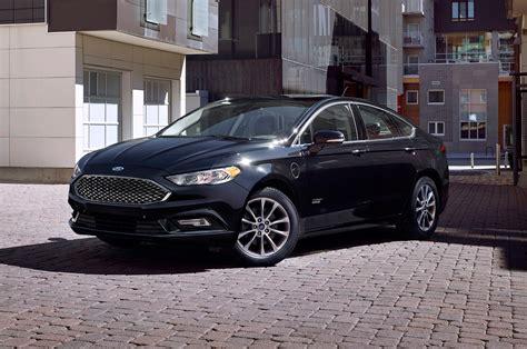 2017 Ford Fusion Hybrid Vs. Fusion Energi Review