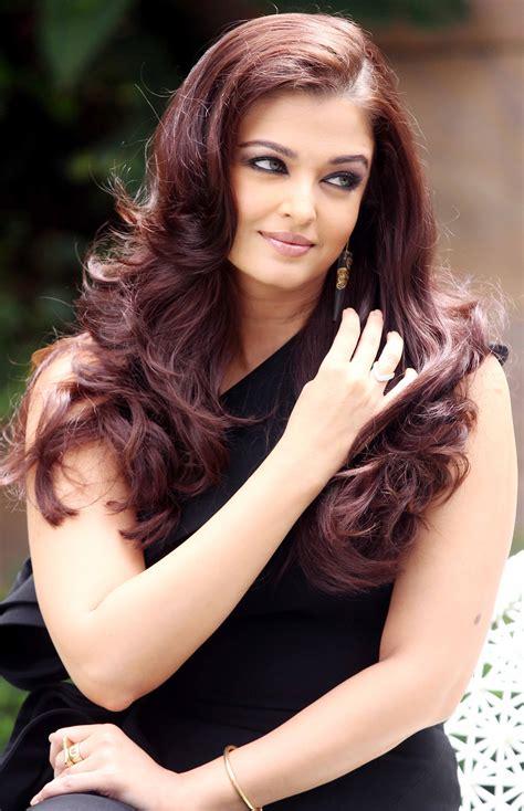 Bollywood Actresses Photos  Bollywood Latest Photos