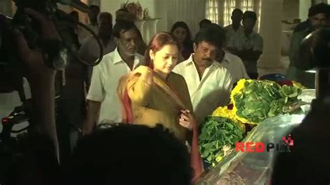 actress lakshmi funeral watch veteran actress manjula vijayakumar died this aft